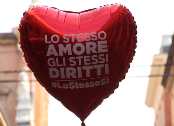 lo-stesso-amore-gli-stessi-diritti-pride-bologna